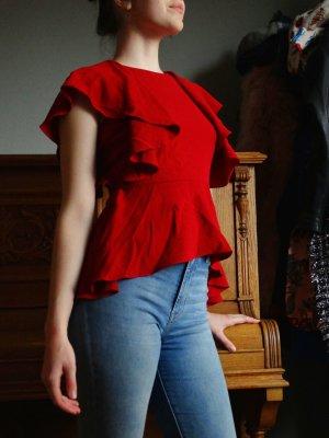 Rote Bluse mit Flügelärmel