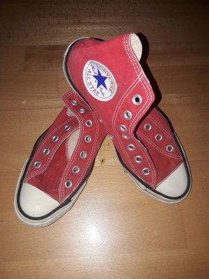 Rote Converse All Stars