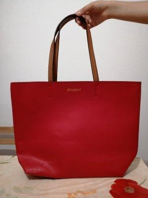 Rote Damentasche