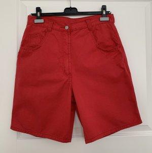 Rote Denim Shorts