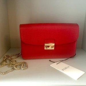 Rote Furla Tasche Metropolis Style