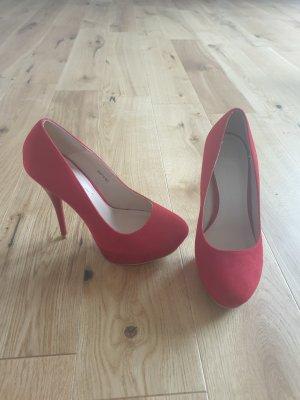 rote High Heels Gr 38