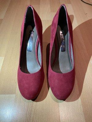Rote High Heels von Tamaris neu ungetragen in gr39