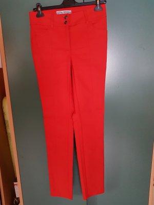 Pantalón elástico rojo