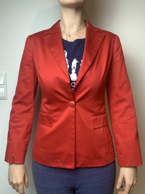Rote Jacke