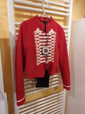 rote Jacke, Indianer, Militär