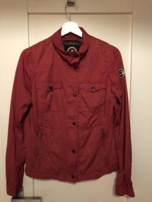 Rote Jacke von Napapijri