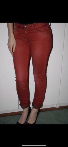 Rote Jeans neu, Gr. S