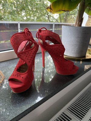 Rote Just Fab high heels