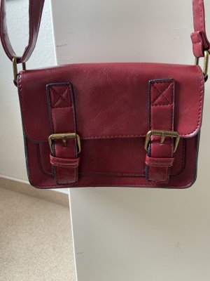 Rote kleine Handtasche