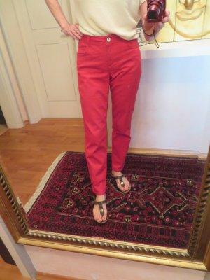 Rote Madeleine Jeans Hose Gr. 38 tolle Jeans mit Zierstichdetails