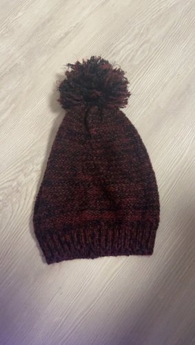 C&A Knitted Hat bordeaux