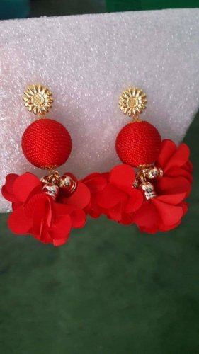 Rote ohrringe gold/blumen