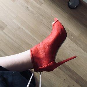Rote Peeptoes