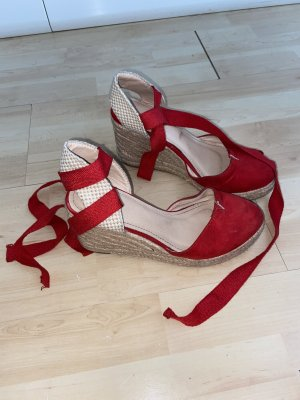 Rote Plateau Schuhe mit Ballerina-Style Schnürung