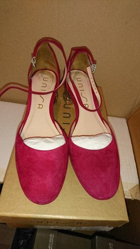 Unisa Strapped pumps brick red