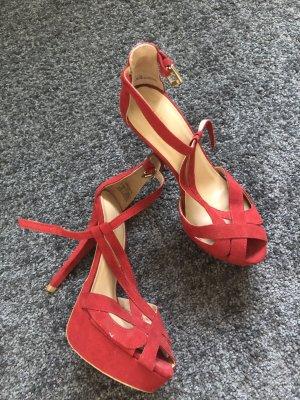 Zara Sandalias de tacón con plataforma rojo oscuro Cuero