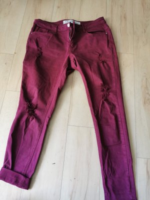 Rote ripped Jeans