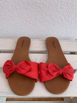 rote Sandale, Größe 39