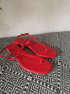 H&M Sandały japonki z rzemykami czerwony