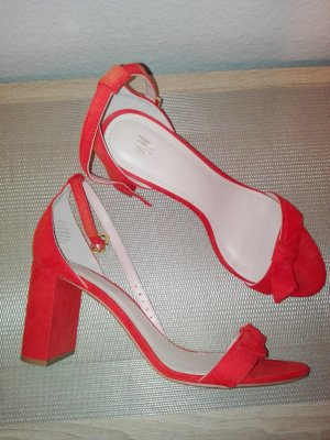 H&M High-Heeled Toe-Post Sandals red
