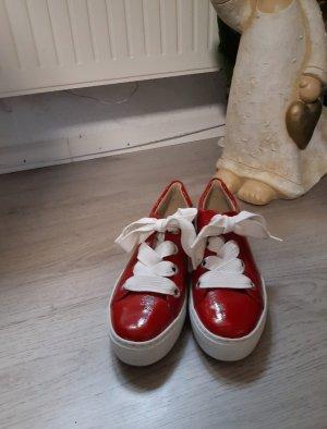 ara Basket à lacet rouge
