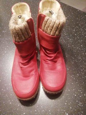 Bottine d'hiver rouge foncé