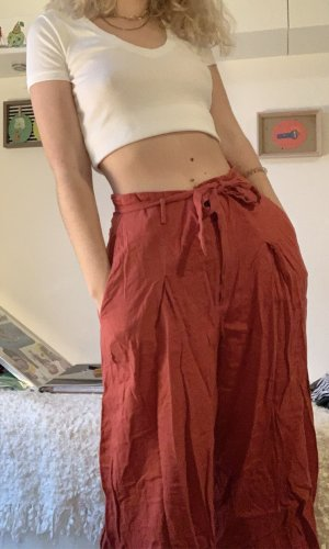 Pantalón abombado rojo
