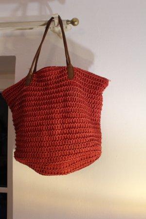 Rote Strandtasche