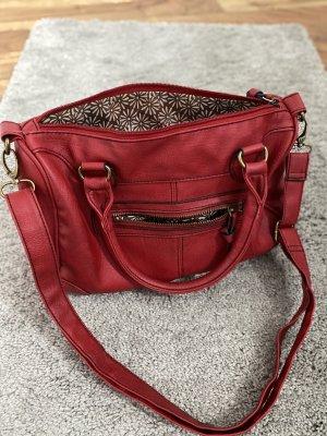 Rote Tasche von Deichmann