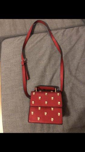 Rote Tasche von Zara