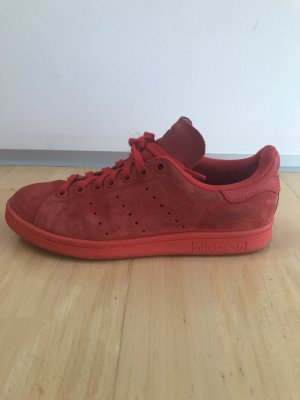 Rote Velours Adidas Stan Smith