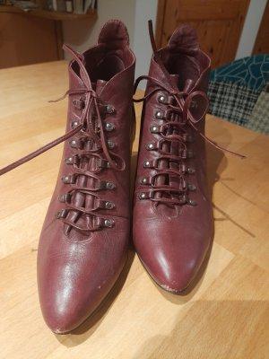 Rote Vintage Stiefeletten
