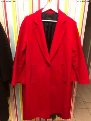 Roten Mantel von Zara