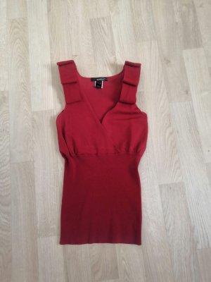 Roter Ärmelloser Pullover