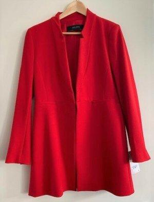Roter Blazer von Zara
