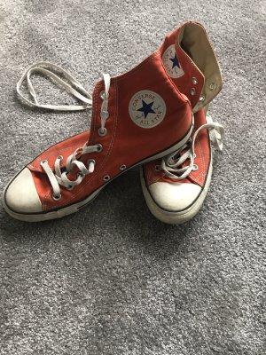 Roter Chuck Converse Größe 42