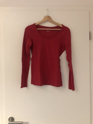 Roter enger Pullover