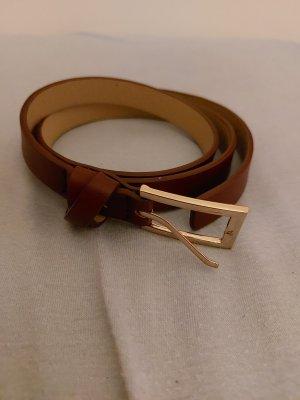 Hebilla del cinturón burdeos