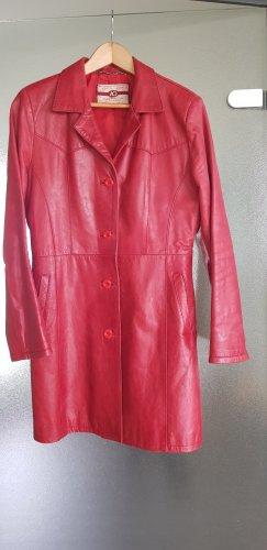 Abrigo de cuero rojo-rojo oscuro