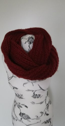 Knitted Scarf dark red-red