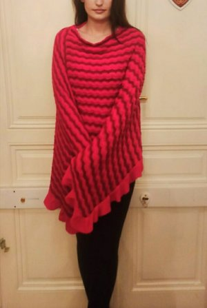 Knitted Poncho neon red-brick red wool