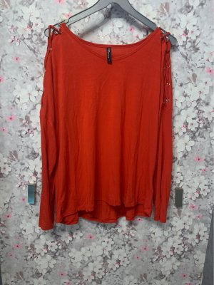 Roter Pulli