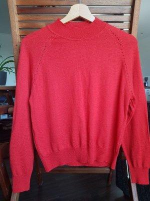 Roter Pullover aus Feinstrick von Mango