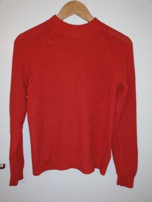 Roter Pullover mit sexy Reißverschluss am Rücken