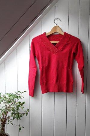 Roter Pullover von Fishbone