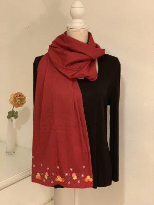 Roter Schal / Tuch mit blumenstickereien