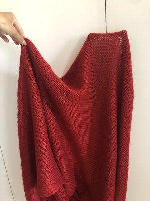Roter Schal von Esprit