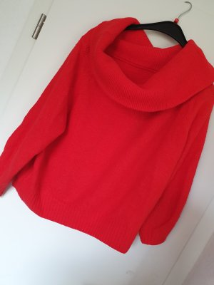 roter Strick-Pullover