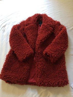 Roter teddyfell Mantel